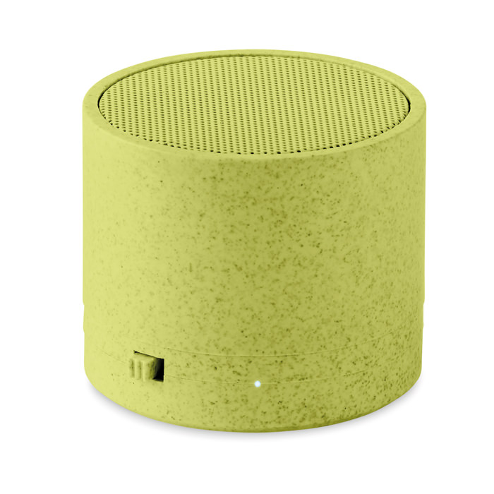 Speaker bluetooth 5.0 in paglia (35%) e ABS (65%) con finiture gommate e indicatore LED. 1 Batteria ricaricabile al Litio da 300 mAh. Output: 3W, 3 Ohm e 5V. Tempo di autonomia circa 2h.